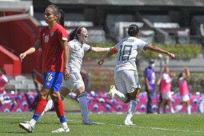 Le capitaine mexicain, Setephany Mayor, célèbre le troisième but du match (Photo: Twitter @ miseleccionmx)