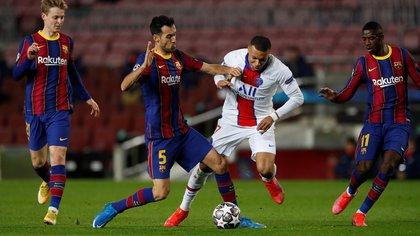 Mbappé fue clave para el triunfo por 4-1 en la ida ante Barcelona en el Camp Nou (EFE)