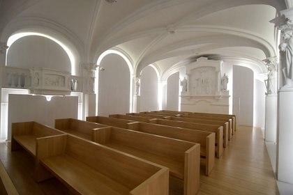 Pequeñas capillas en La Abadía de San Benito en el barrio de Palermo