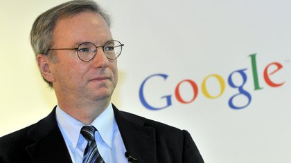 Google executive chairman Eric Schmidt is seen during a news conference at the main office of Google Korea in Seoul on November 8, 2011.   Schmidt said that he has asked the South Korean president and top telecommunication regulator to take a cue from countries with more lax rules on the Internet.   AFP PHOTO/JUNG YEON-JE        (Photo credit should read JUNG YEON-JE/AFP/GettyImages)
