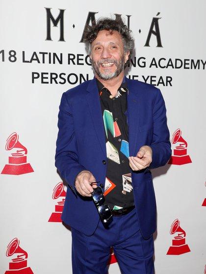 El cantautor argentino Fito Páez antes de recibir su premio como mejor canción de Rock