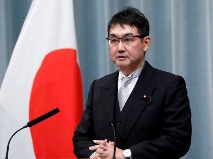 FOTO DE ARCHIVO: El ex ministro de Justicia de Japón Katsuyuki Kawai en una conferencia de prensa en la residencia oficial del primer ministro Shinzo Abe en Tokio, Japón, el 11 de septiembre de 2019. REUTERS / Issei Kato