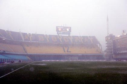 La Bombonera, bajo la lluvia (EFE)