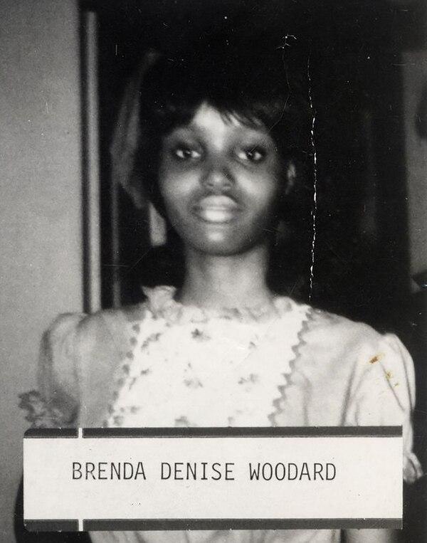 Brenda Denise Woodard, 18 años. Fue la quinta víctima serial. Entre sus ropas tenía una nota que el homicida le hizo escribir y en la cual se burlaba de los investigadores (Policía de Washington D.C.)