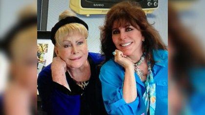 Verónica Castro y Socorro Castro (Foto: Instagram @vrocastroficial)
