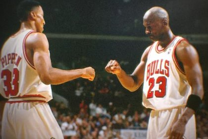 Michael Jordan y Scottie Pippen