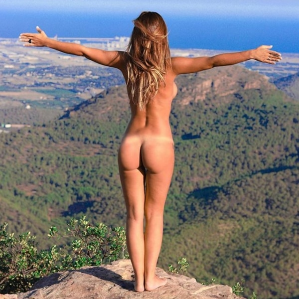 El desnudo integral de Tamara Gorro (@tamara_gorro)