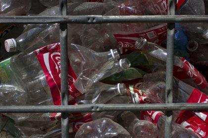 El Congreso de Oaxaca prohibirá el uso y distribución de envases de PET y unicel (Foto: Marco Polo Guzmán Hernández/Cuartoscuro)
