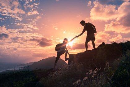 Quien no puede desarrollar confianza en el otro exhibe cierta fragilidad (Getty Images)