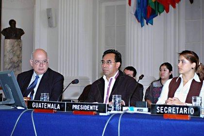 María Juliana Ruiz, una de las sesiones de la Organización del Estado de los Estados Unidos / Archivos de la OEA