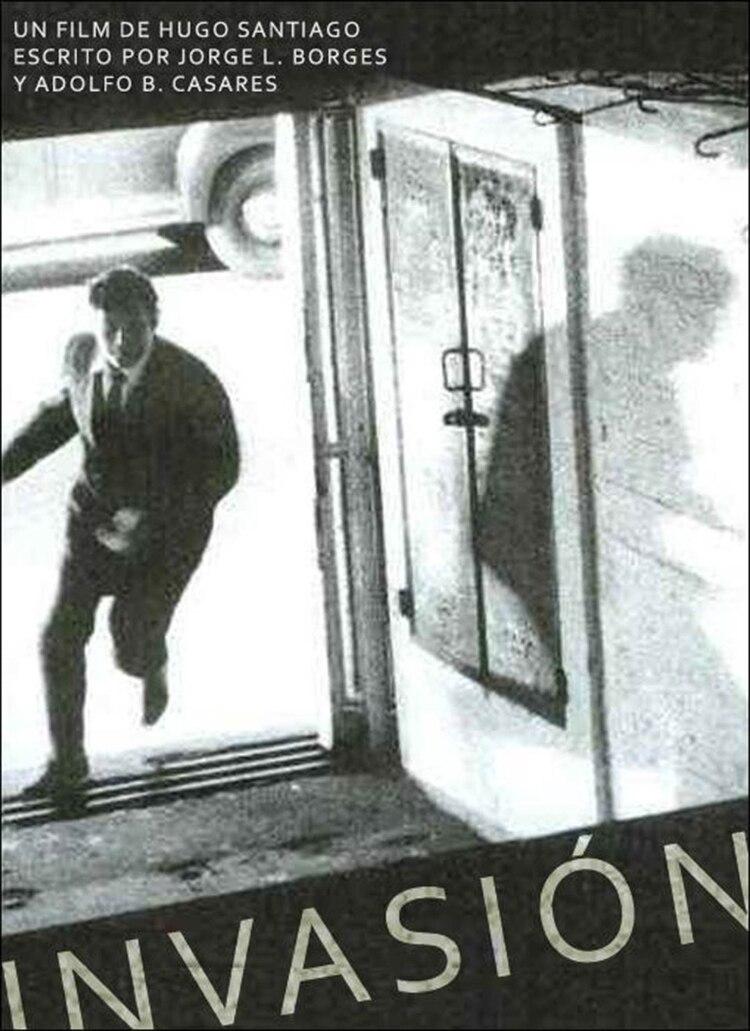 """Afiche de """"Invasión"""""""