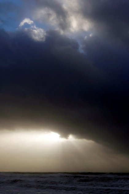 El eclipse detrás de las nubes