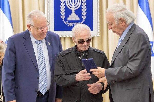 Charles Aznavour, distinguido en Israel. Octubre de 2017