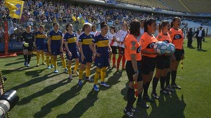 ¿Superclásico de fútbol femenino? Boca y River podrían definir el campeonato en la final del 16 de enero (Gustavo Gavotti)