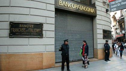 Las sucursales bancarias no abrirán al público durante toda la semana próxima