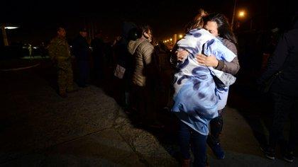 Familiares de los tripulantes del submarino (REUTERS/Marina Devo)