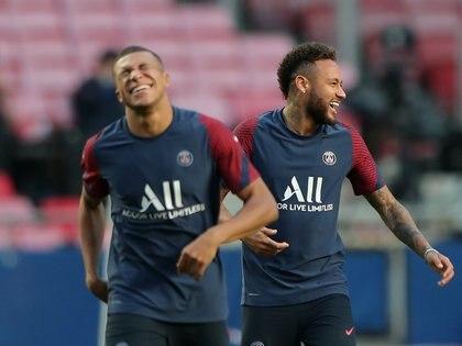 Los jugadores también embolsarán 500 mil euros tras ganar la liga y las copas nacionales -REUTERS/Miguel A. Lopes