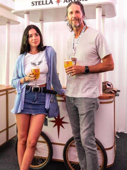 Lucia y Eduardo Celasco, invitados en la exhibición de Federer y Zverev
