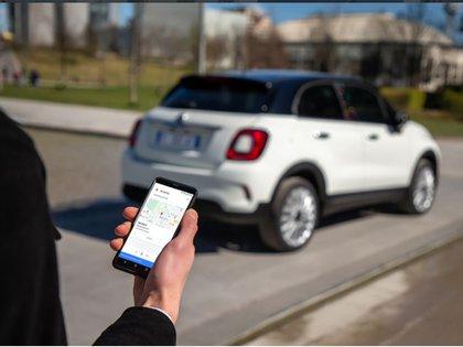 Se podrá cerrar el vehículo de forma remota por medio de comandos de voz