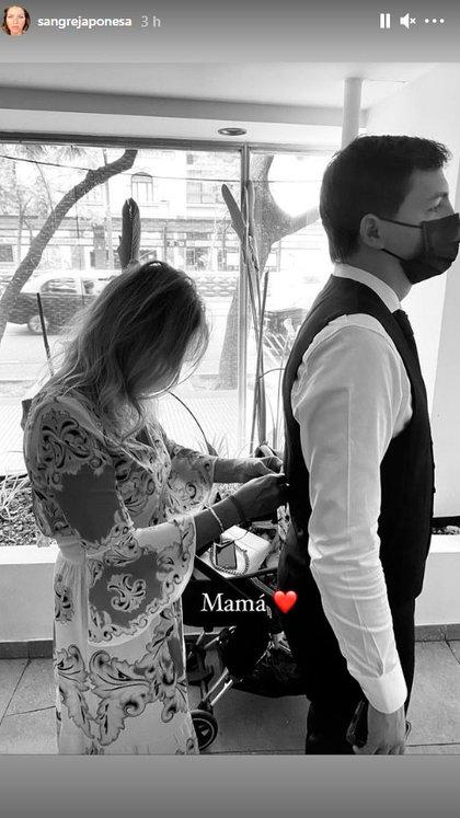 Micaela Riviero ultima detalles del vestuario de su hijo (Instagram: @sangrejaponesa)
