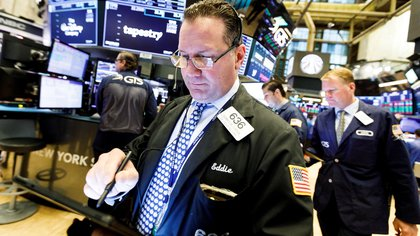 Wall Street atraviesa un período de tomas de ganancias tras recientes máximos. (EFE)