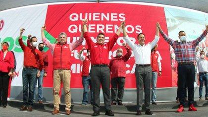 Carlos Herrera Tello y Alejandro Moreno toman protesta como candidatos del PRI (Foto: Cortesía / PRI)