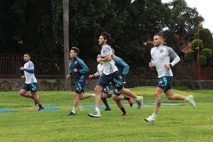 Cruz Azul ya inició su pretemporada previo al inicio del Apertura 2020 (Foto: Twitter @CruzAzulCD)