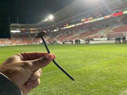 This was the nail that caused Unai Bilbao's injury (Photo: Twitter / @ JCZamora07)