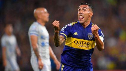 El Apache es el caso más emblemático dentro del grupo de futbolistas que tienen que resolver su continuidad en Boca (Télam)