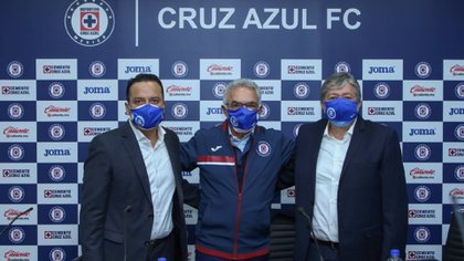 Cruz Azul informó que Álvaro Dávila ocupara el cargo de Presidente Ejecutivo (Foto: Twitter@CruzAzulCD)
