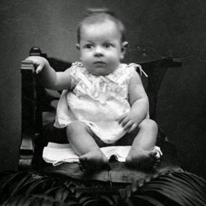 Travis, un bebé de 10 semanas al que Christine mató en 1982