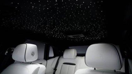 """El """"Starlight Headliner"""", como se denomina, ya es una marca registrada de Rolls-Royce."""