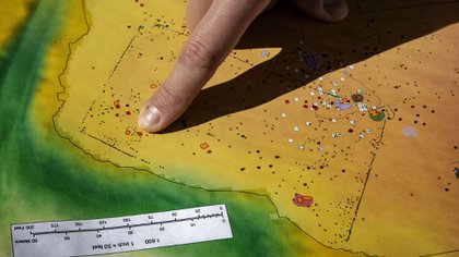 Location where MUST CREDIT coin was found: Washington Post photo by Bill O'Leary