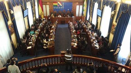 17/01/2020 El Senado de Bolivia aprueba la ley para ampliar el mandato de la autoproclamada presidenta interina, Jeanine Áñez, hasta las elecciones del 3 de mayo. POLITICA ESPAÑA EUROPA MADRID INTERNACIONAL TWITTER SENADO BOLIVIA