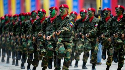 Soldados de la Fuerza Armada Nacional Bolivariana