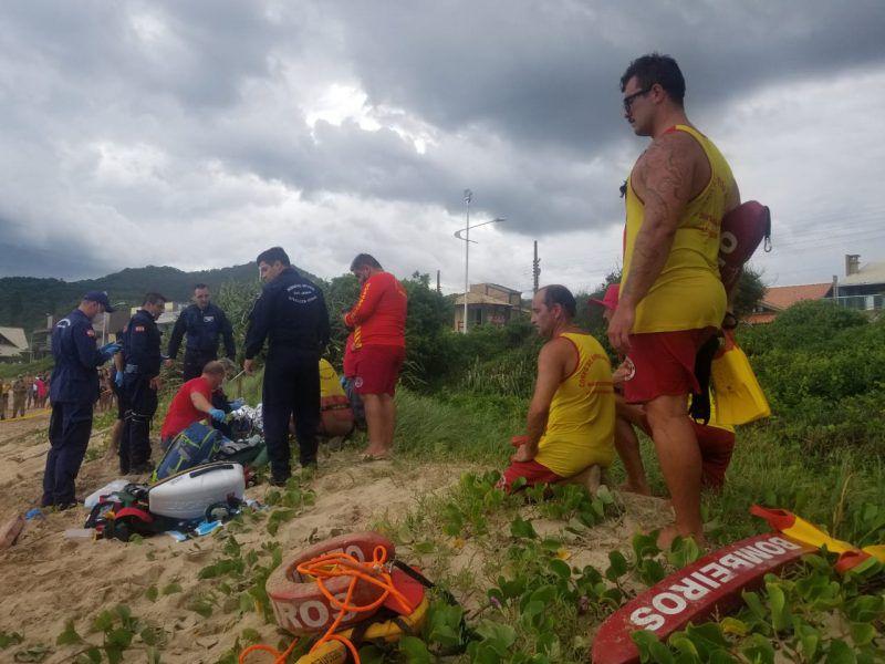 Mujer en Brasil murió tras caer al mar por tomarse una selfie