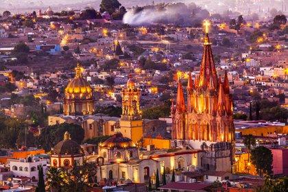 San Miguel de Allende, México, es conocido por la arquitectura barroca española y la icónica Parroquia de San Miguel Arcángel (Shutterstock)