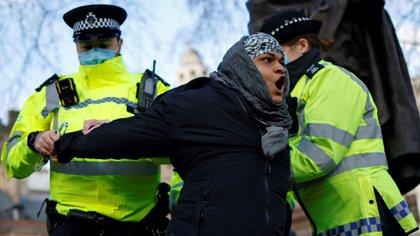 Detenciones en Londres. Foto de Tolga Akmen / AFP