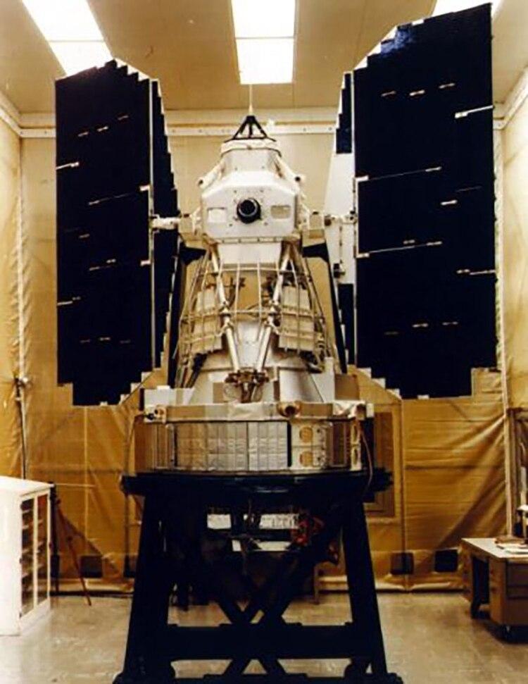 Satélite LANDSAT 3 previo al lanzamiento (NASA)