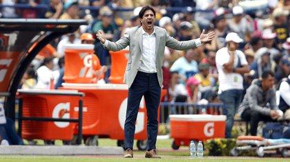 El argentino Marioni no puedo llevar a Pumas a la liguilla (Foto: AP)