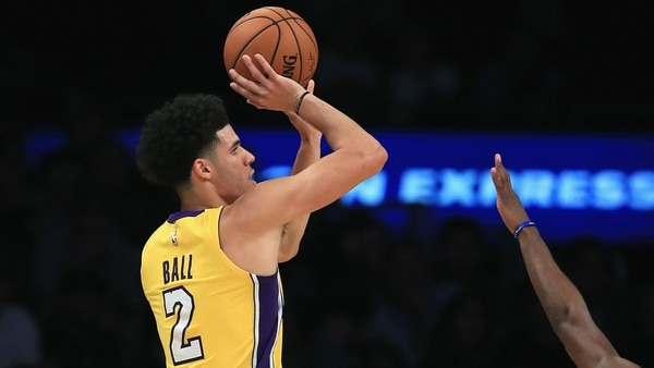 Lonzo Ball es una de las esperanzas de Los Lakers (Getty)