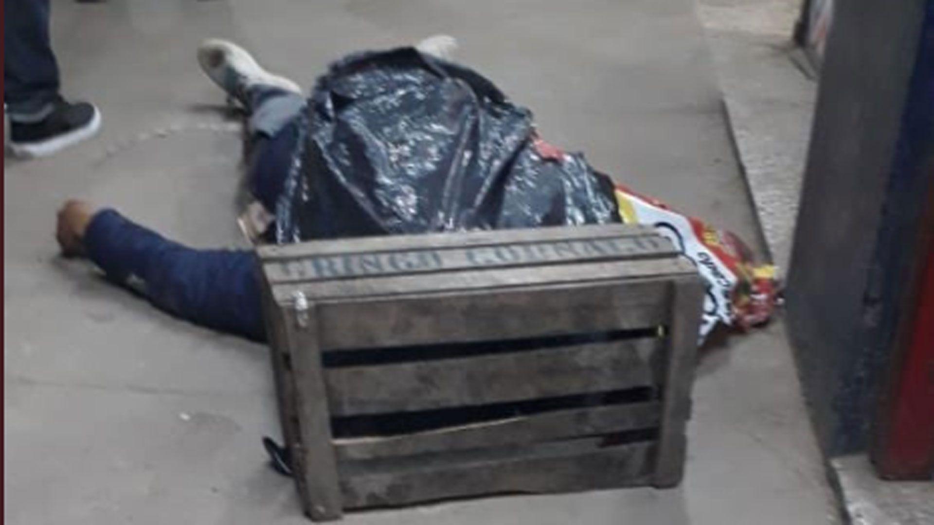 El delincuente abatido por la Policía luego de intentar una carnicería en Moreno (@AlertaProvincia)