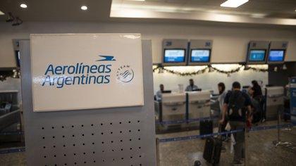 """""""Si todo va bien, espero que para octubre o antes de fin de año se puedan hacer vuelos de cabotaje"""", dijo el ministro de Turismo, Matías Lammens"""