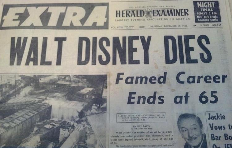 Portada del diario que anunció la muerte de Walt Disney