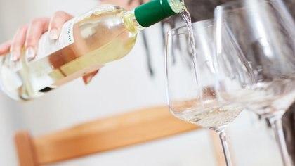 La pandemia incrementó el consumo de alcohol en mujeres en los Estados Unidos