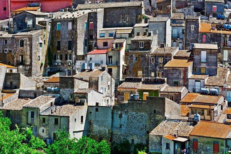 Ofrece una magnífica vista del Mediterráneo al estar ubicado a 700 metros por encima del mar (Shutterstock.com)
