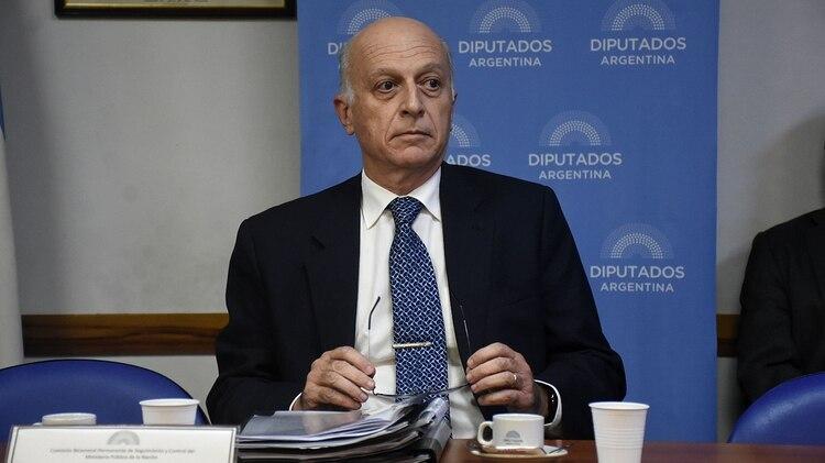 El procurador Casal (Nicolás Stulberg)