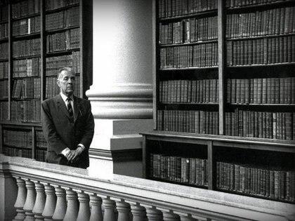 Jorge Luis Borges en la Biblioteca Nacional Mariano Moreno de Argentina