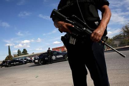 Imagen de archivo de un puesto de control de la policía federal en Janos, Chihuahua, México. 5 noviembre 2019. REUTERS/José Luis González