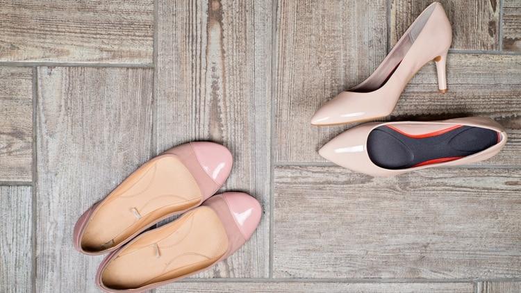 Para muchas mujeres los zapatos son el objeto fetiche de su vestuario 6ec7c2b44008